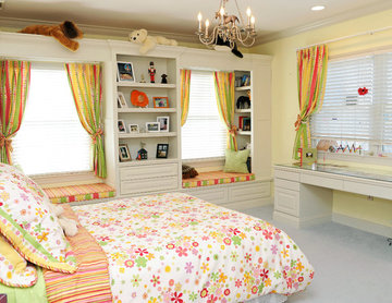 Custom Built-ins for Child's Bedroom