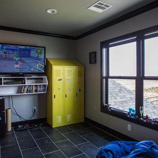 Foto de dormitorio infantil moderno, de tamaño medio, con paredes grises, suelo de baldosas de cerámica y suelo negro