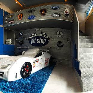 Idéer för ett mellanstort modernt pojkrum kombinerat med sovrum och för 4-10-åringar, med blå väggar, klinkergolv i keramik och vitt golv