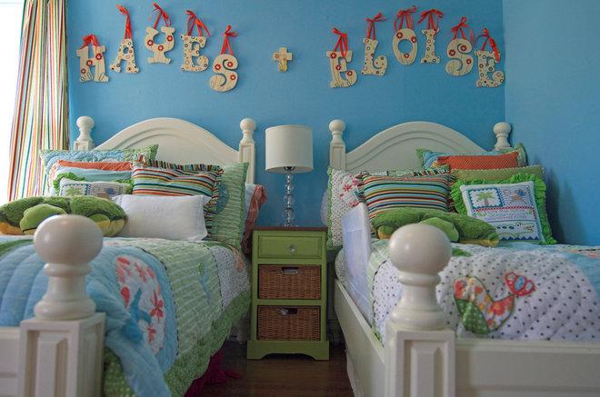 Traditional Kids by Sarah Greenman