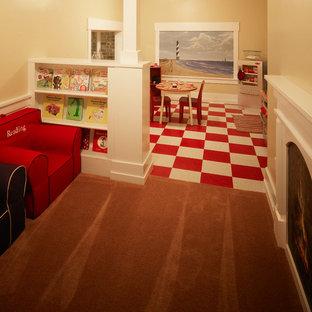 Foto di una cameretta per bambini da 4 a 10 anni chic con pavimento in linoleum e pareti beige