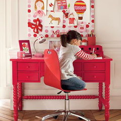 traditional kids desk