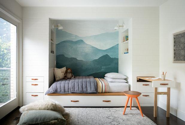 Clásico renovado Dormitorio infantil by Regan Baker Design Inc.