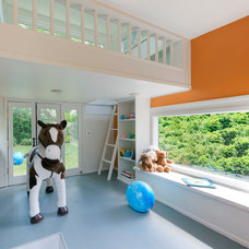 Modern Kids by Barnes Vanze Architects, Inc
