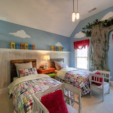 Traditional Kids by Kerri Robusto Interiors