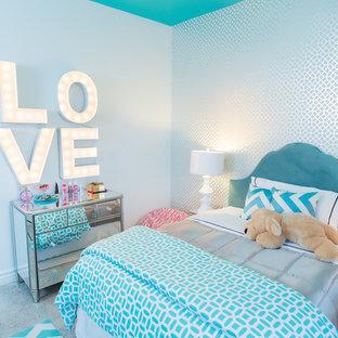 Modelo de habitación de niña de 4 a 10 años, actual, con paredes azules
