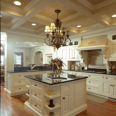 Traditional Kids by Calder Creek Cabinetry & Design