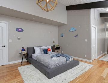 Farmhouse Aesthetic Residence: Bedroom