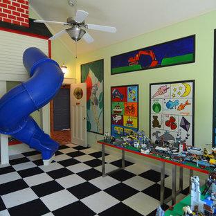 Réalisation d'une chambre d'enfant tradition avec un mur vert et un sol multicolore.