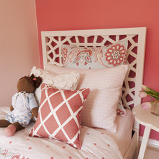 Contemporary Kids by EM DESIGN INTERIORS