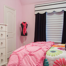 Traditional Kids by Holly Bellomy, Interior Decorator