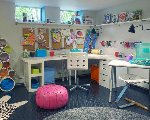 Chambres d enfant et de bébé avec un sol en linoléum et un mur