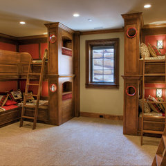 traditional kids by Gabriel Builders Inc.