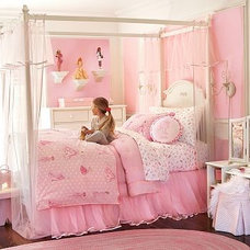 Traditional Kids Girl Bedroom