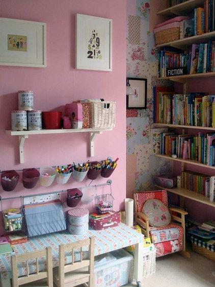Kids girls bedroom