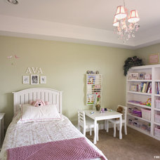 Traditional Kids by Airoom Architects-Builders-Remodelers