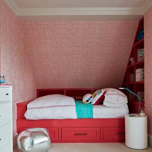 Idee per una cameretta per bambini da 4 a 10 anni chic con moquette e pareti multicolore
