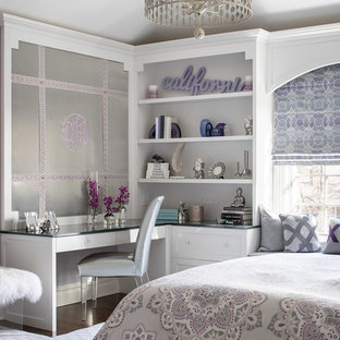 This Is An Example Of A Medium Sized Traditional S Room For In New York