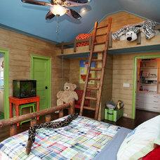 Traditional Kids by Kerri Robusto Interiors
