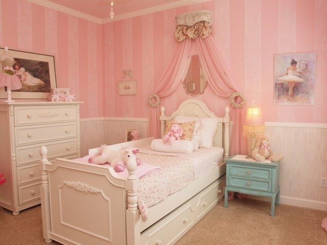 Traditional Kids by Heavenly Haus Interiors