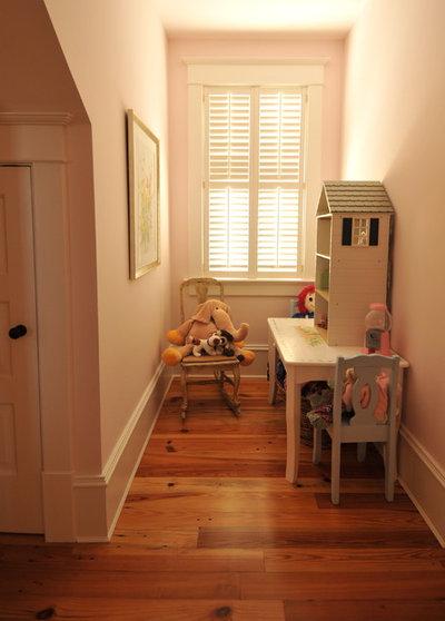 Traditional Kids by Alix Bragg Interior Design