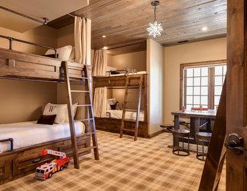 Hunters Ridge Bunk Room