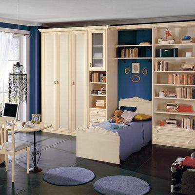 Trendy kids' bedroom photo in New York