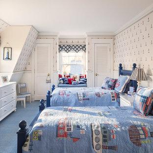 Foto de dormitorio infantil de 4 a 10 años, costero, con moqueta y suelo azul