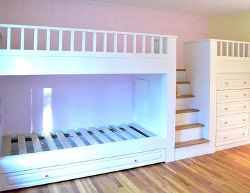 Kid's Room Built in Bunk Beds/ Dresser/ Play Area