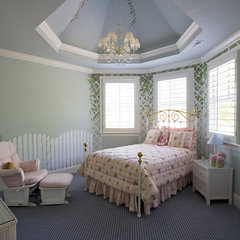traditional kids by Grainda Builders, Inc.