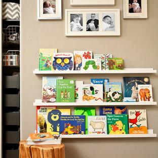 Esempio di una cameretta per bambini design