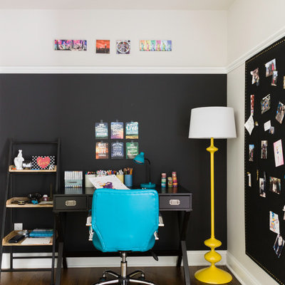 Example of a transitional kids' room design in New York with blue walls