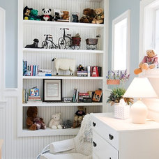 Beach Style Kids by Griggs & Co. Homes Inc.