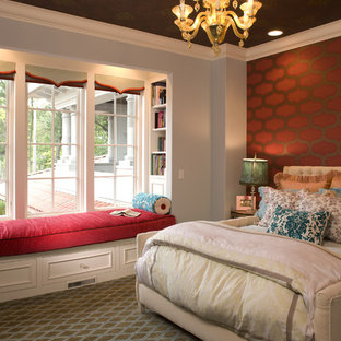 Example of a tuscan carpeted kids' bedroom design in Minneapolis with multicolored walls