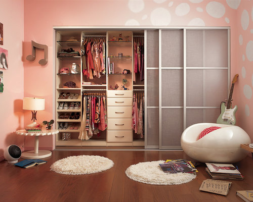 Example Of A Trendy Girl Kidsu0027 Room Design In New York
