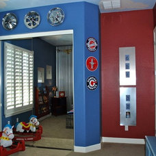 Traditional Kids by IDB Interior Design