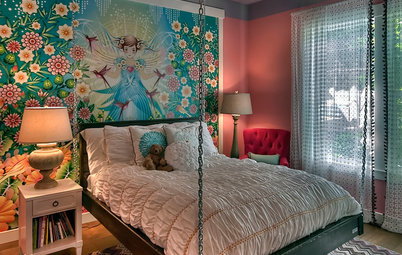 13 Spectacular Ways to Decorate the Wall Behind the Bed