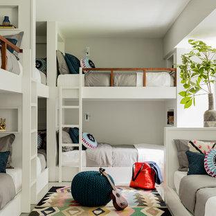Foto di una cameretta per bambini da 4 a 10 anni costiera di medie dimensioni con pareti bianche