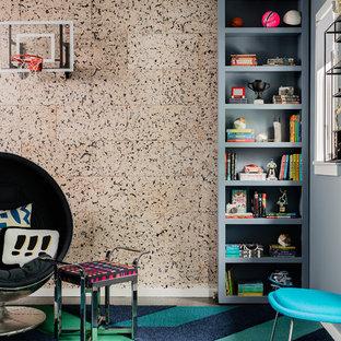 Пример оригинального дизайна интерьера: большая детская в стиле модернизм с спальным местом, синими стенами, паркетным полом среднего тона и коричневым полом для ребенка от 4 до 10 лет, мальчика