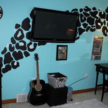 Leopard bedroom