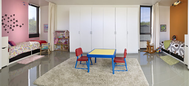 Contemporary Kids by thirdstone inc. [^]