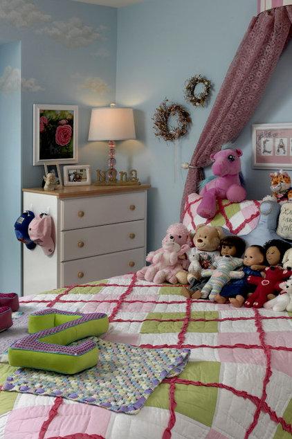 Traditional Kids by Paula Grace Designs, Inc.