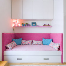 Contemporary Kids by Goldfish-Interiors