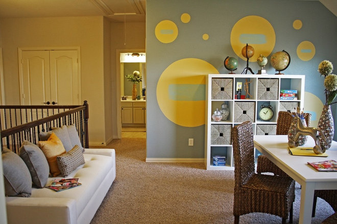 eclectic kids by Cristi Holcombe Interiors, LLC