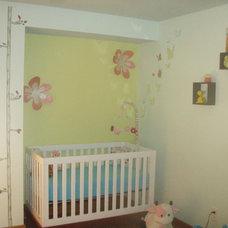 Contemporary Kids Logan Louise Room