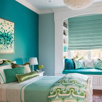 Inspiration for a mid-sized transitional girl kids' room remodel in San Francisco with blue walls