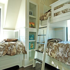 Traditional Kids by COASTAL CABINETS