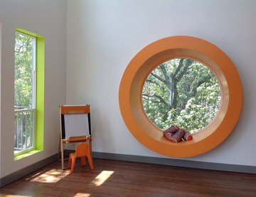 MCM Remodel: Circle window + Color