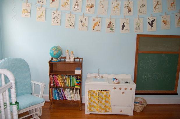 Traditional Kids Mia and Nick's Shared Nursery