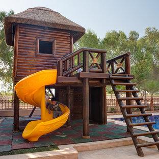 Medelhavsstil inredning av ett barnrum